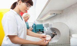 Berührungslose Hygienespender für Neutralisationsmittel