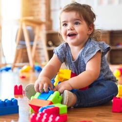 Berührungslose Hygienespender in Kinderhorten